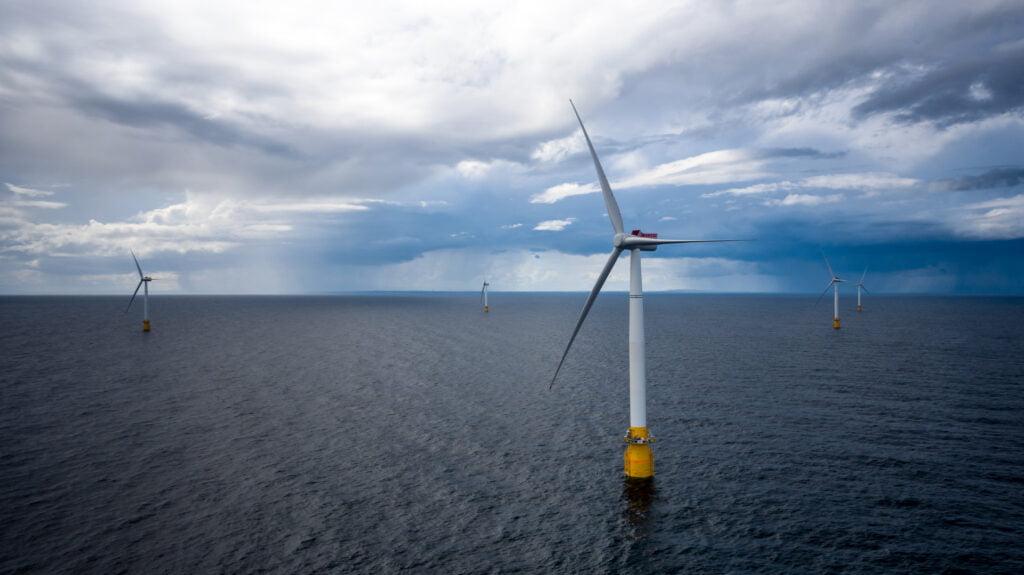 Hywind Scotland: five wind turbines at Buchan Deep. Photo: Øyvind Gravås (Woldcam) / Statoil